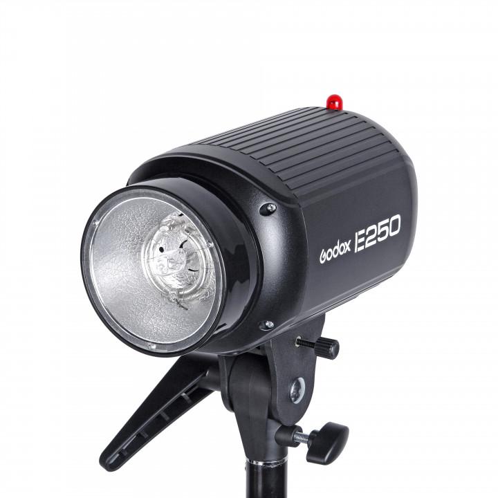 Вспышка студийная Godox E250
